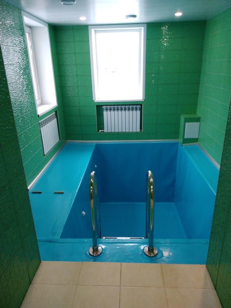 Баня, бильярд,бассейн.