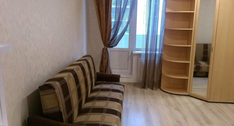 Квартира светлая, чистая, после ремонта, имеется все необходимое для жизни.