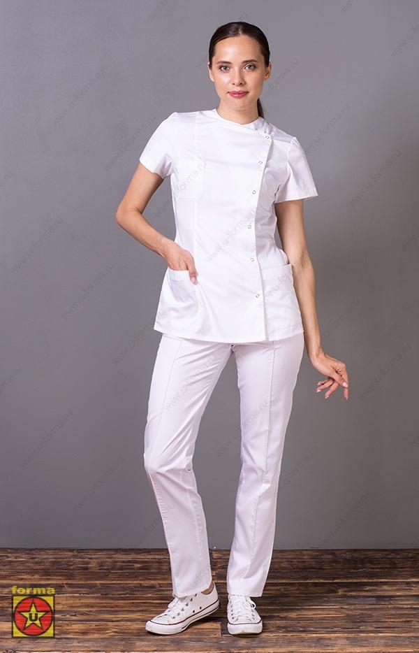 Белый медицинский костюм